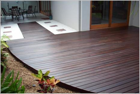 CurvedEdgeDecking