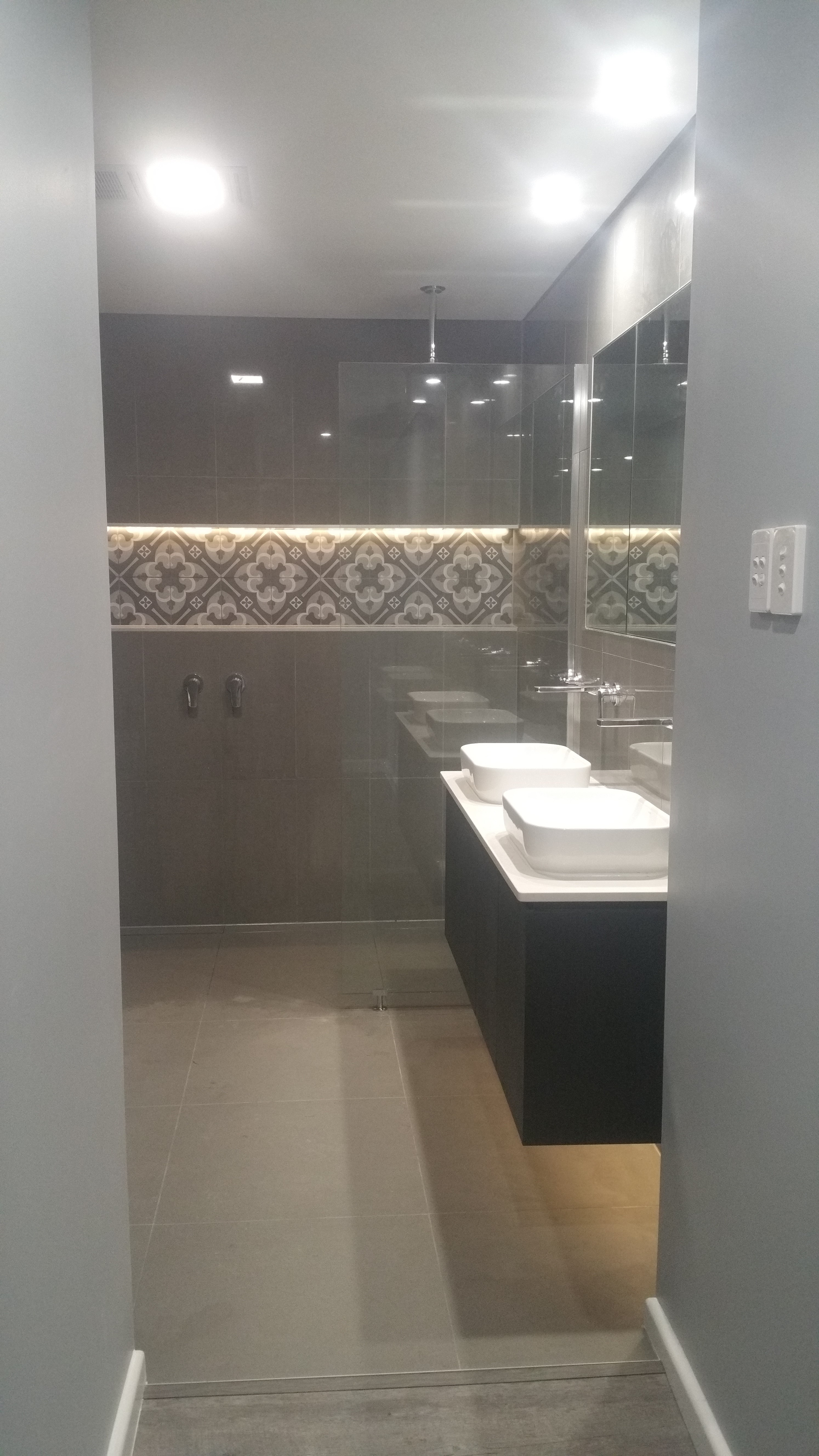 bathroom-renovation-builder-brisbane-northside