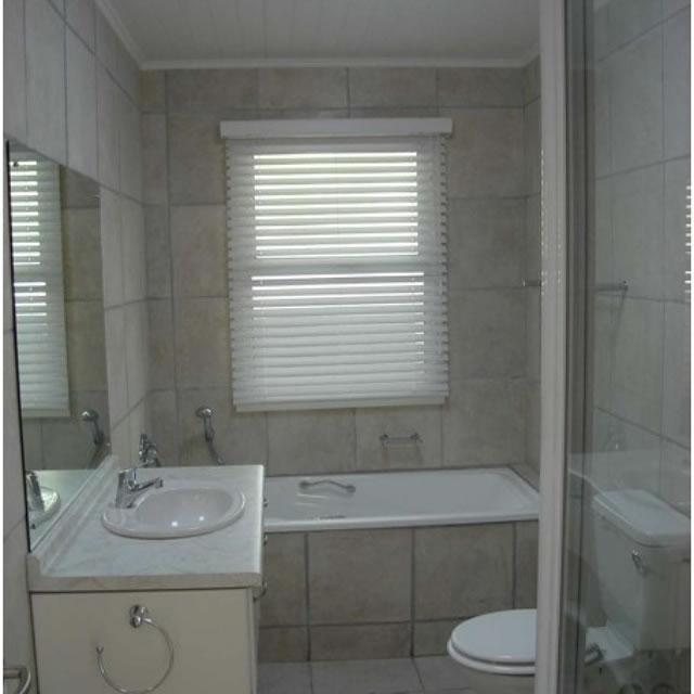 compactbathroommakeover